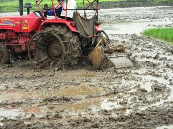 Puddling for paddy transplanting